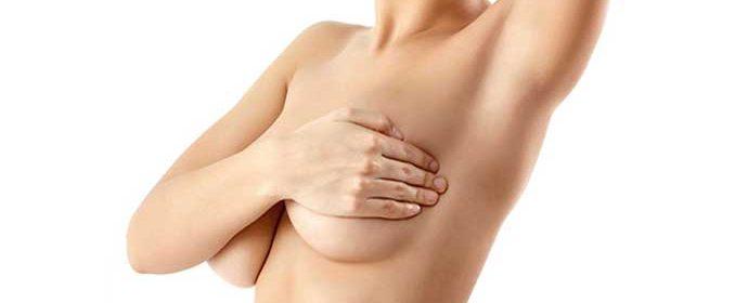 malos hábitos que causan la caída de los senos