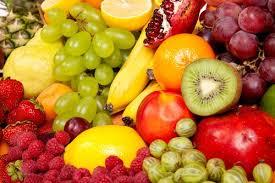 comer fruta con el estómago vacío