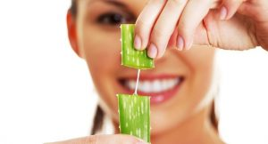sábila para eliminar las manchas de acné